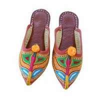 Traditional Footwear Importers